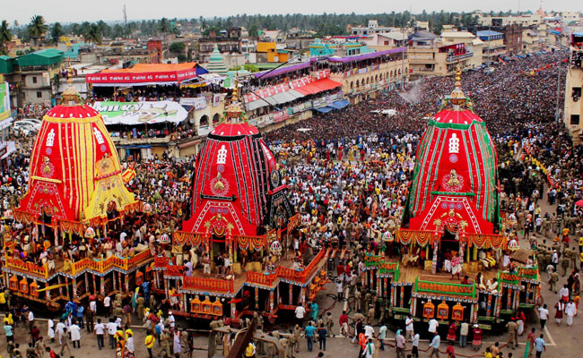 Car Festival Tour Package for a Spiritual Holiday